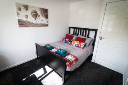 Ideal Home next to Queens Park - Manchester