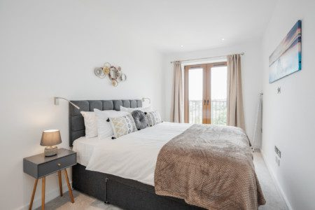 *St Albans*Great Views*FREE Parking, WiFi, Movies*