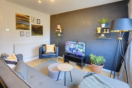 AMAZON HAVEN LEEDS - Spacious 2 Bed House by Passionfruit Properties