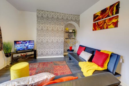 LOVELY BINLEY COTTAGE COVENTRY - 3 Bed House by Passionfruit Properties