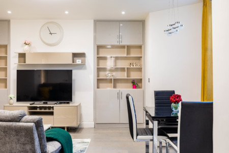 Brand new 3-bedroom with AC in Maida Vale