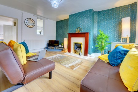 Super Cosy Spring Nest Coventry - 3 Bed House